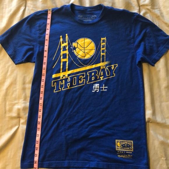 promo code b4353 91a53 Golden State Warriors T-shirt
